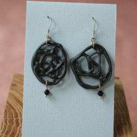 Boucles d'oreilles Filigrane noire en porcelaine